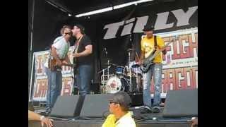 I Fight Dragons - Money (LIVE @ Warped Tour '12)