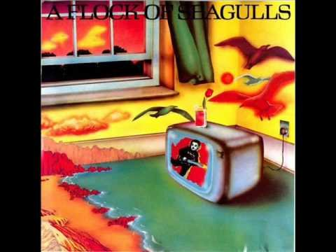 Modern Love Is Automatic de Flock Of Seagulls Letra y Video