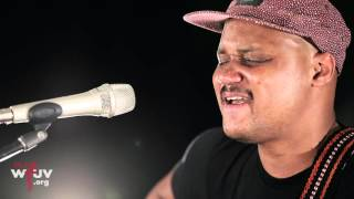 """Son Little - """"Your Love Will Blow Me Away When My Heart Aches"""" (Live at WFUV)"""