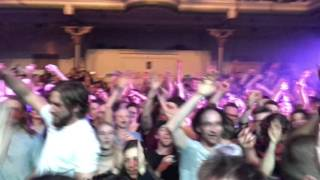 Fat Freddy's Drop Shiverman live at Paradiso Amsterdam