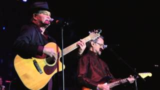 "The Monkees - ""Last Train To Clarksville"" (Official Live Video)"