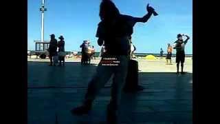 El mejor bailarin de la rambla marplatense