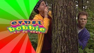 Liedjes met Ernst en Bobbie - We Zoeken in het Bos