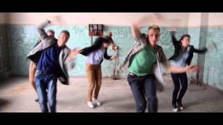 Super Flu - Me Roar (feat. Monkey Safari)