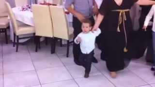 Ο μικρότερος χορευτής - Καλαματιανός Απειράνθου Νάξου