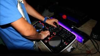 Deniz Koyu ft. Wynter Gordon - Follow You & Archie ft. Fareoh - Feathers ( MAXIMIN bootleg )