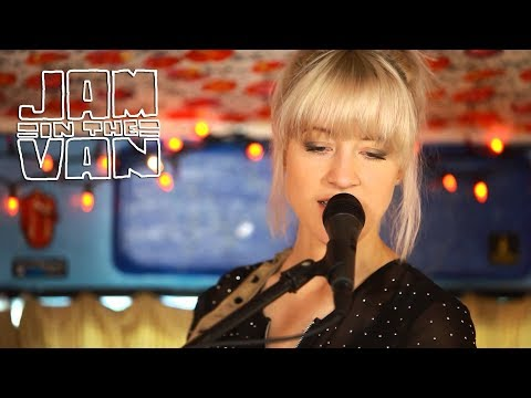 larkin-poe-stubborn-love-live-in-atlanta-ga-2014-jaminthevan-jam-in-the-van