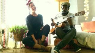 Skyland:  Ojos malignos .Tula & Mel Seme en  Casa