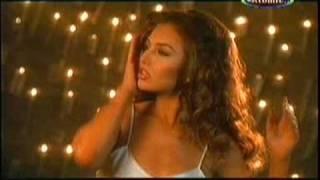 Julio Iglesias - Baila Morena(Con Thalia)