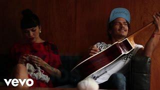 Caloncho - Palmar (Lyric Video) ft. Mon Laferte