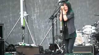 the Kills - Sour Cherry (live 2009)