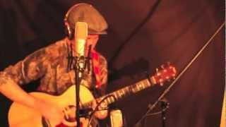 Stevie Frank - Soulmate (Live at HTF Studios)
