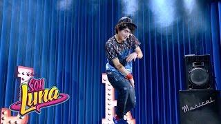 Ramiro canta I'd Be Crazy (español) - Momento Musical (con letra) - Soy Luna