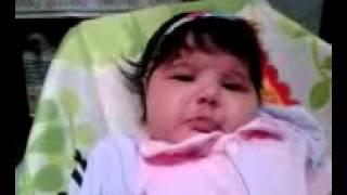 Bebê chora ao ouvir o som da flauta
