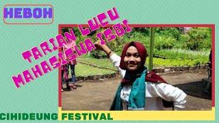 Tarian Lucu  Mahasiswa ISBI  di Cihideung Festival