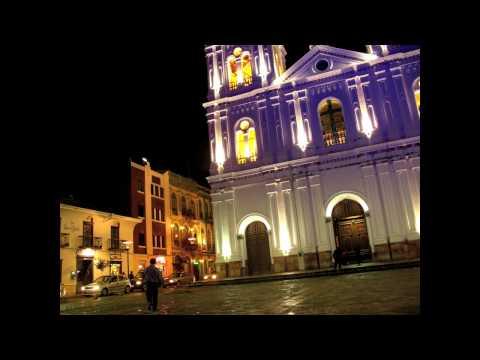 Lights on Iglesia Santo Domingo, Cuenca, Ecuador