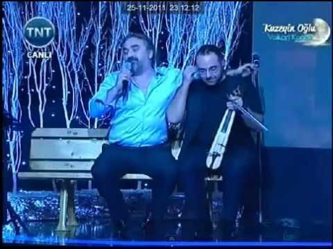 Volkan Konak Fıkralar Anlatıyor- TNT TV Canlı Perfonmans 2013