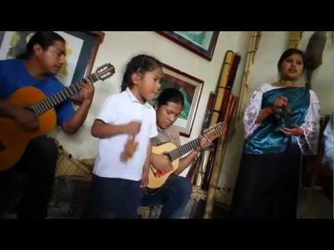 Otavalo, Ecuador: Los Hermanos Pichamba
