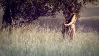 Kateřina Marie Tichá - Vzpomínej (OFICIÁLNÍ VIDEOKLIP)
