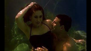 Akshay Kumar & Kareena Kapoor's under water romance - Kambakkht Ishq width=