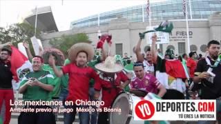 Los mexicanos pintaron de verde el Soldier Field