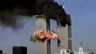 Plane chrashes into the south tower (wtc, world trade center)