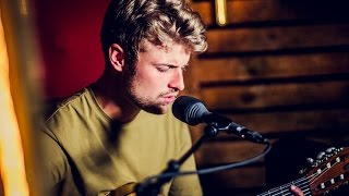 Sandro Cavazza - Young and Beautiful (Lana Del Rey cover)