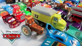 DISNEY PIXAR CARS COLLECTION LIGHTNING MCQUEEN TRACTOR TIPPIN MATER JUGUETE