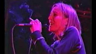 Portishead - Glory Box (Glastonbury 98 Live)