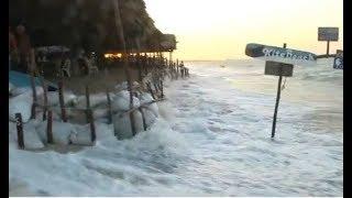 Barracas na praia de Barra Grande no litoral do Piauí são invadidas pela maré
