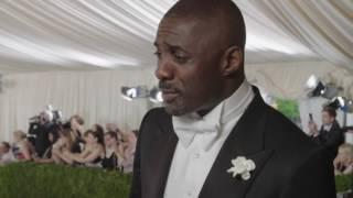 英演員伊卓瑞斯·艾巴Idris Elba:「這是我第一次穿晚禮服」|2016MET GALA