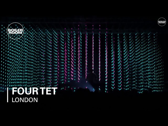 Four Tet en directo - Boiler Room London Live Set.