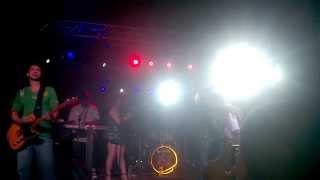Ponto de Equilíbrio - Concrete Jungle (ao vivo Ipatinga 2015)
