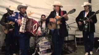 Los Canelos De Durango - Celos Al Viento En Vivo