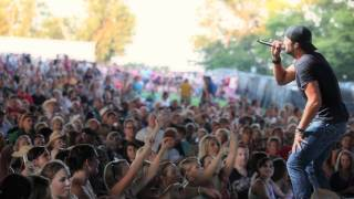 Country Girl (Shake It For Me) - Official Live Video