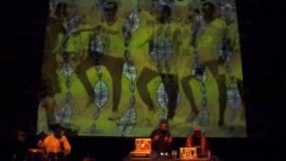 Rocky Marsiano & Meu Kamba Sound - live snippet - congas vs. scratch