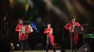 Minhotos Marotos - Viras   Live   Official Video