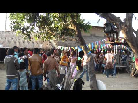 ネパール映画撮影に遭遇@ネパールのタルー村