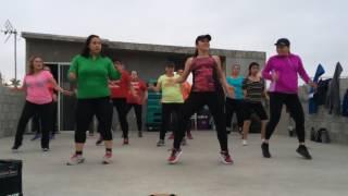 Zumba- Camarón caramelo- Los Titanes de Durango - Coreografía Carolina