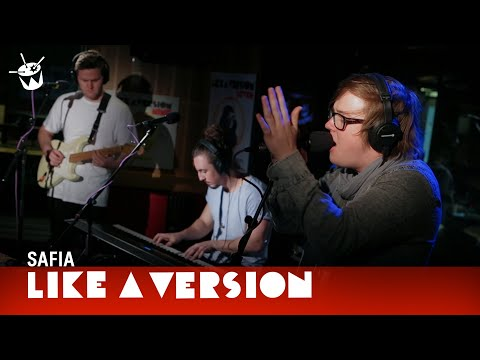 safia-counting-sheep-live-on-triple-j-triple-j