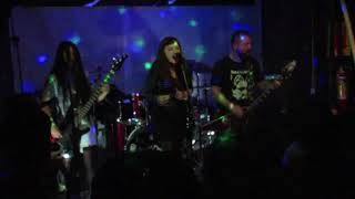 She Hoos Go - Fast And Frightening/L7 Cover (Live at Signos Pub Rock - POA)