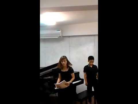 花蓮縣中正國小403包程宥和媽媽四手聯彈鋼琴演奏 - YouTube