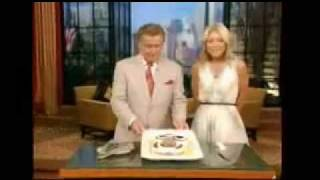 Regis Philbin Receives Carvel Cookie Puss Cake on Live! with Regis & Kelly