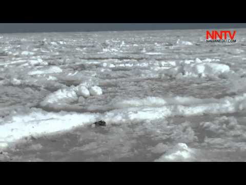 Raw Footage – After 30 Years, Black Sea froze in Ukraine