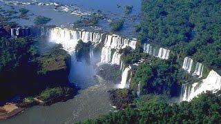 Aproximação e pouso Foz do Iguaçu  A320 TAM -  com vista das Cataratas HD