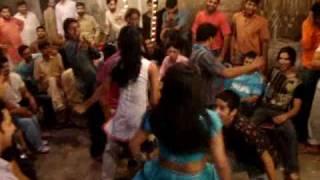 gas group dance
