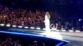 Ivete Sangalo chora no Madison Square Garden