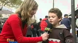 Entrevista com menino José na feira diz que está cagado de fome kkkkkk