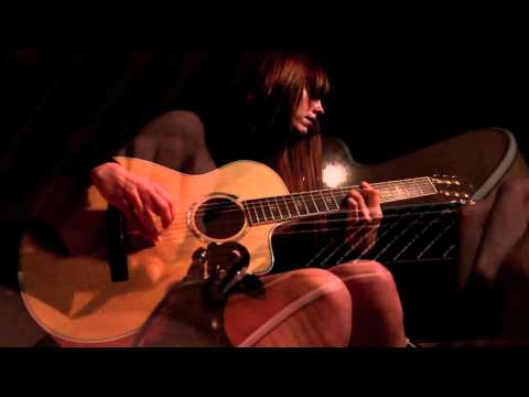 emma-ruth-rundle-oh-sarah-live-glassroom-session-sargent-house