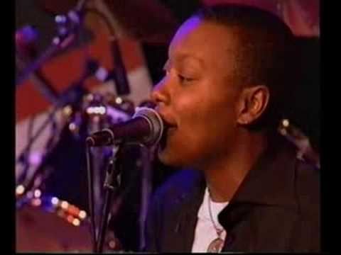 meshell-ndegeocello-outside-your-door-live-at-nsjf-zsolt-horvath